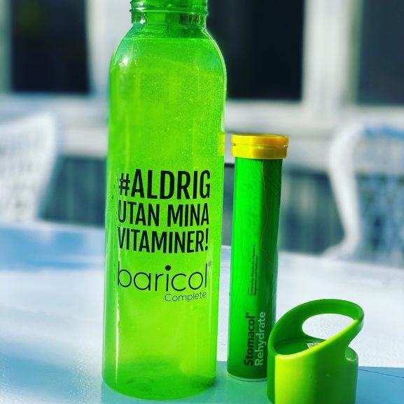 Aldrig utan mina vitaminer grön vattenflaska